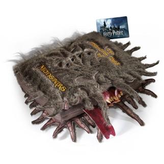 Plus d info Coussin peluche Livre des Monstres - Harry Potter ... 357a5084954